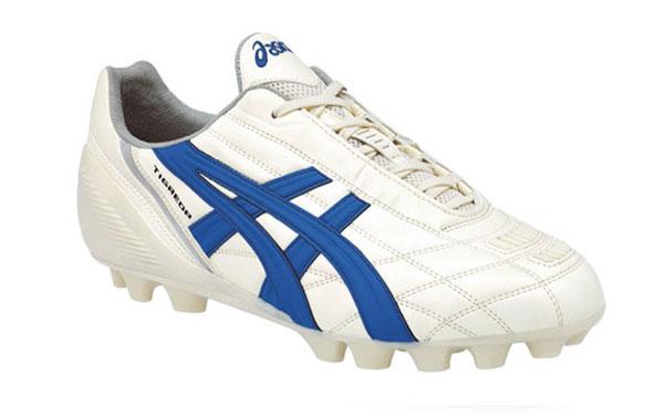 vendita scarpe calcio asics